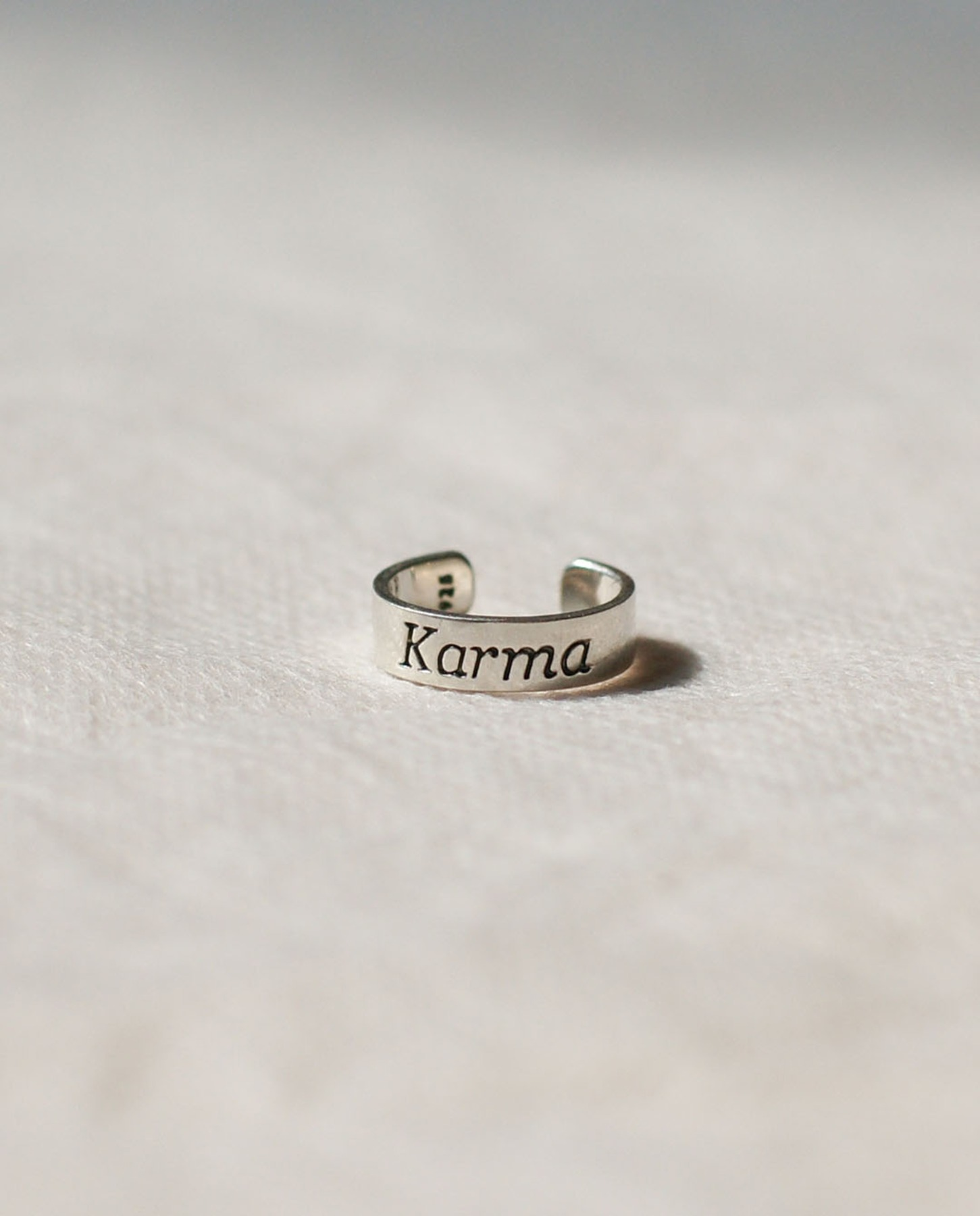 Karma knuckle & toe ring